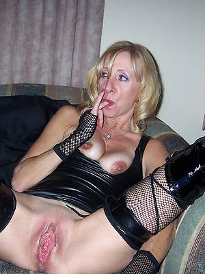 busty amatuer old women with unstinted vulva