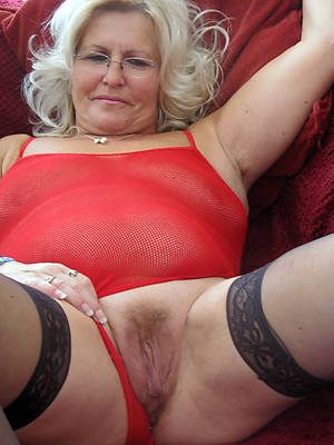 sexy horny mature hot grannies