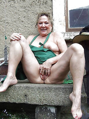 slutty sexy old women pussy pics