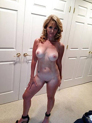 beautiful mature wife slut nude pics