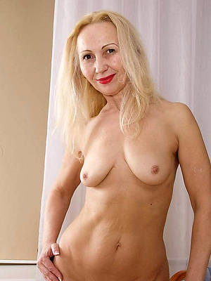 sexy mature blonde housewife dirty making love pics