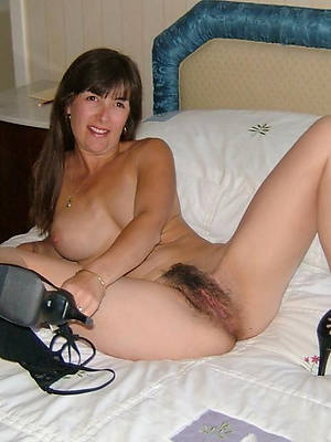 unshaved mature column verifiable body