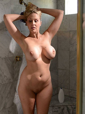 best mature nude shower posing