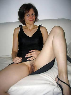 older women upskirt perfect body