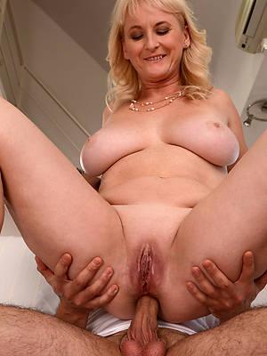 slutty mature wife anal nude pics