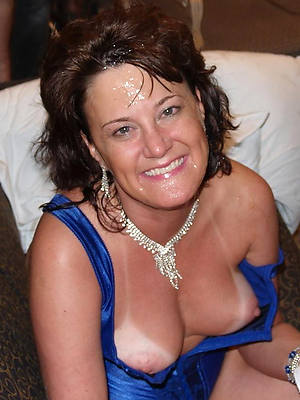 sexy hot mature obese nipples photos