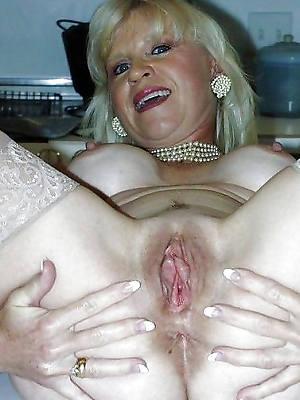 petite mature open cunt porn pics
