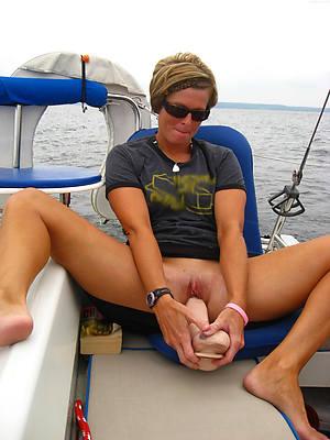 amateur mature masturbation perfect body