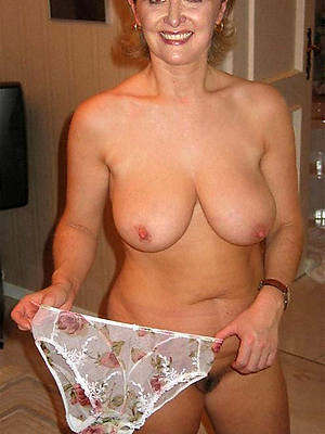 mature women in breathe hard posing nude