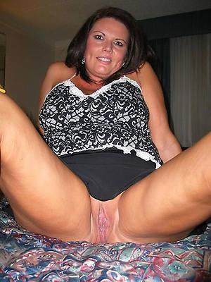 real mature amateurs breast denude