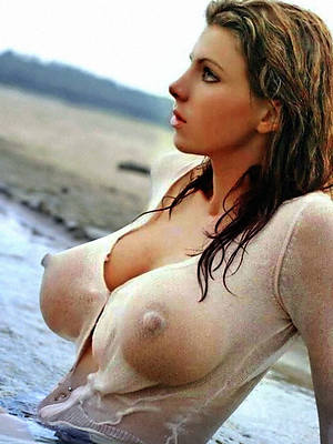 natural period model titties nude