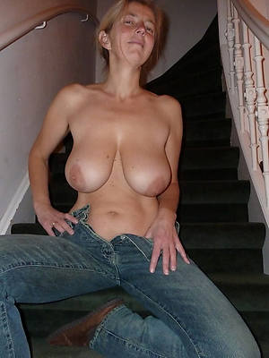 free porn pics of mature column in jeans