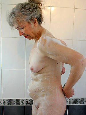 real mature in the shower dirty sex pics