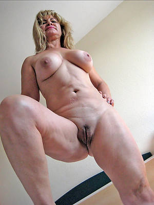 nude pictures of mature women free porno
