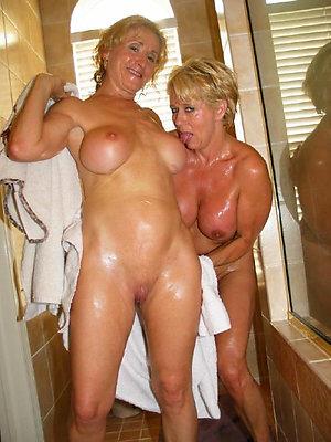 gorgeous mature lesbian orgasm