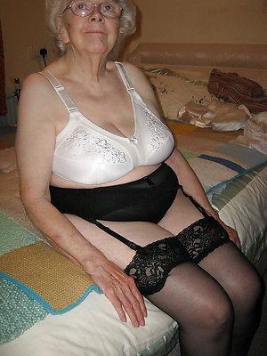 beautiful mature underclothing pics