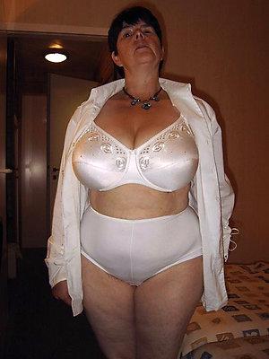 slutty mature milf lingerie pics