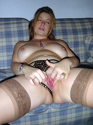 porn pics of grown up amateur masturbation