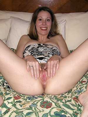 fantastic mature hot moms