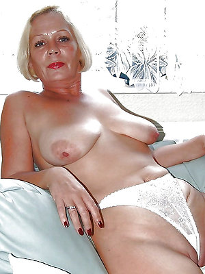 curvy long nipple mature xxx