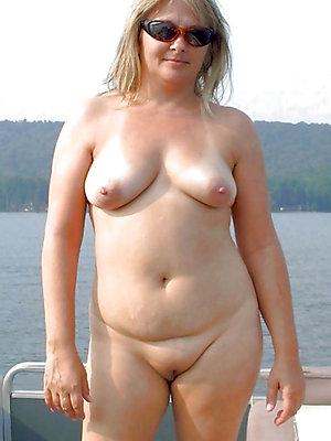 slutty mature nipple pictures xxx