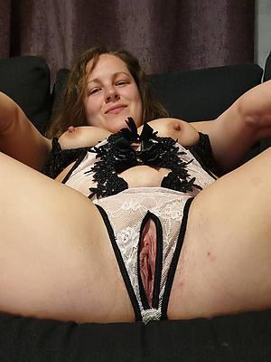 mature mom panties and nice tits
