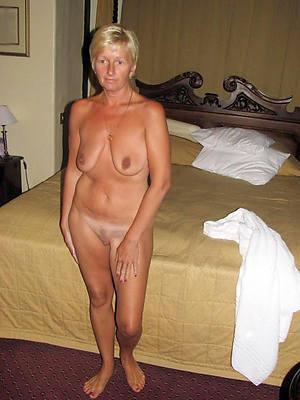 mature blondes scanty porn pics