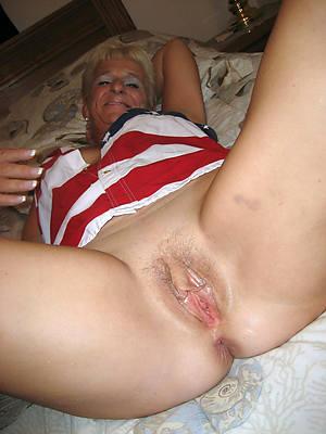 erotic matured prudish cunts stripped