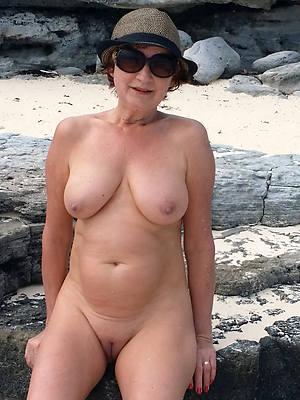 hot naked old mature grannies pics
