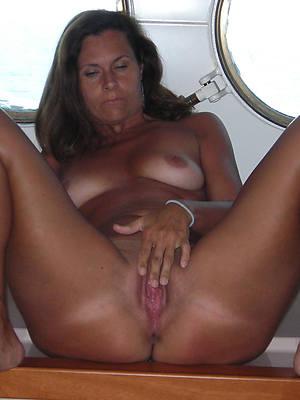 mature woman masturbating unstatic porn