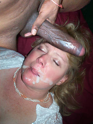 hot naked mature cumshot pictures