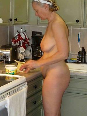grandma nudes outright body