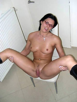 free porn pics of matures hither glasses