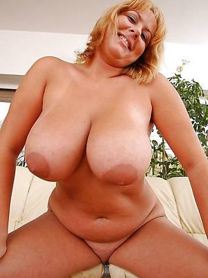 hot naked classy mature jugs pics