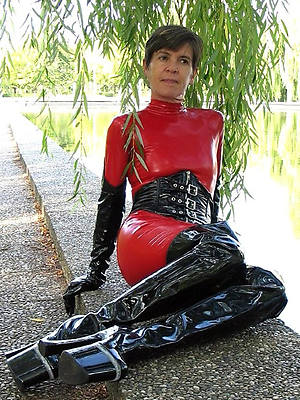 mature in rubber nice tits