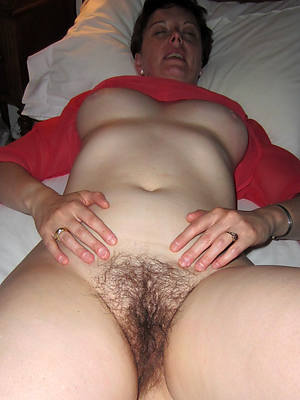 hot naked hairy mature cunt pics