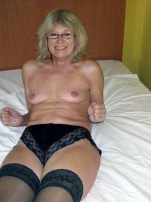 dreamboat old women mature porn pics