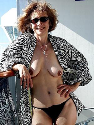 porn pics of milf mature amateur