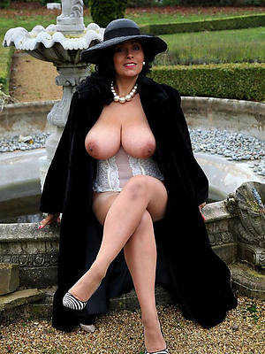 amateur classic mature perfect body