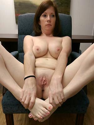 mature womens feet uncover porn pics