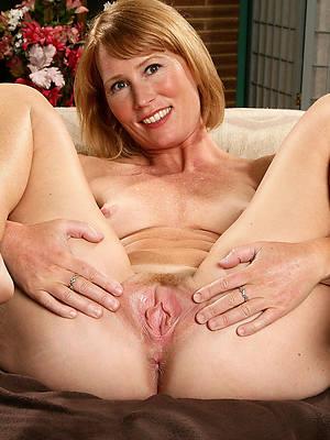 hotties sexy mature legs porn pics