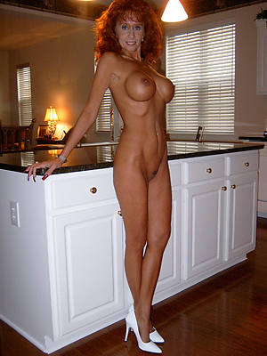 mature women in high heels free porno photo