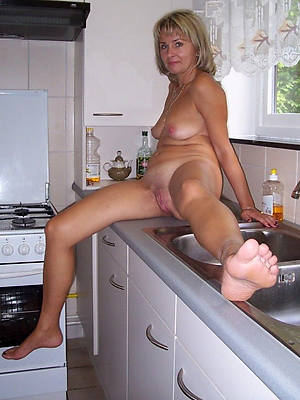 free porn pics of british mature housewives