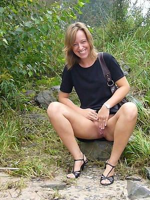 porn pics of mature outdoor