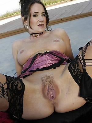 hot naked queasy mature vaginas photos
