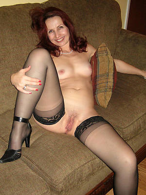 fetching nude sexy mature redheads pics