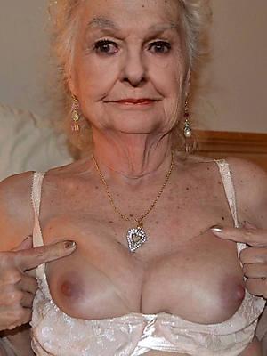 stark naked pics of sexy granny