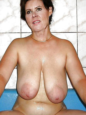 naked pics of huge saggy mature