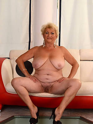 hotties old full-grown pussy pictures