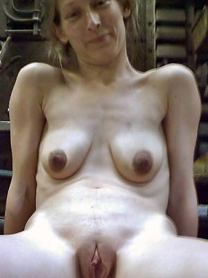 40 plus mature beuty pussy